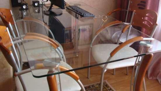 Продам стол со стеклянной столешницей и стулья в Томске Фото 2