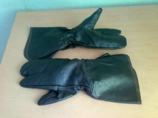Краги для байкера из натуральной кожи, трёхпалые. СССР
