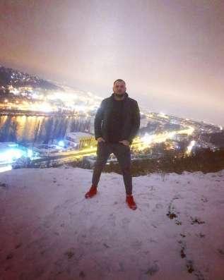 Степан, 27 лет, хочет познакомиться
