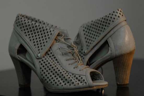 Ажурные ботиночки