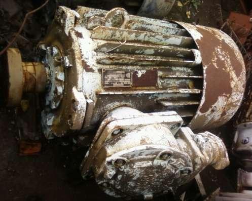 Электродвигатель 2В250 75/3000