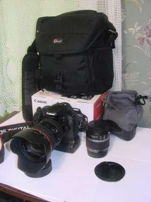Продаю зеркальный фотоаппарат Сanon eos 550d