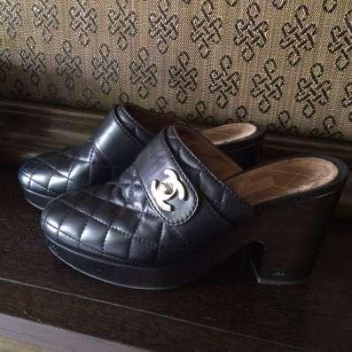 Обувь сабо от Chanel