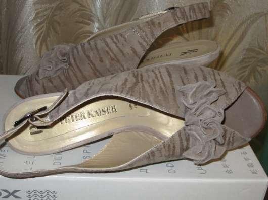 Босоножки кожаные (peter kaiser) размер-38