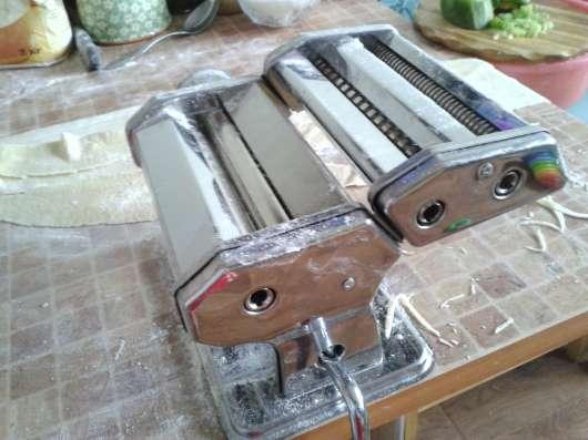 Тестораскатка-Лапшерезка машинка ручная механическая