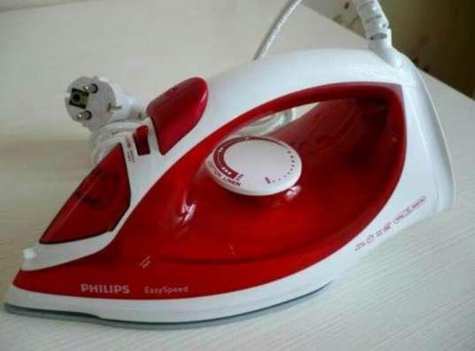 Продам паровой утюг Philips GC-1029