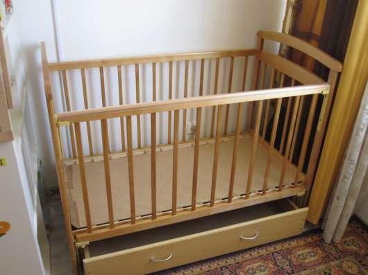 Продам детскую кроватку с маятником продольного качания в Екатеринбурге Фото 3