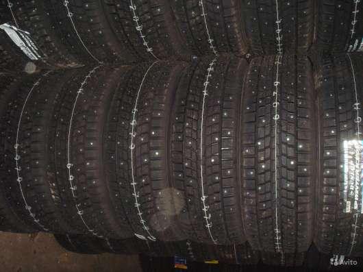 Новые зимние Dunlop 215/55 R16 Winter ICE01 в Москве Фото 3
