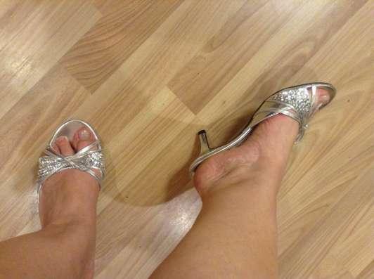 Шлепки-босоножки, низкий каблук