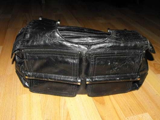 Кожаная сумка черная глянцевая фирмы L&L