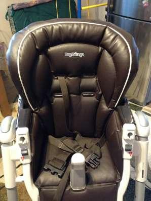 Детское кресло для кормления peg perego