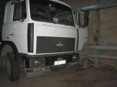седельный тягач МАЗ 643008