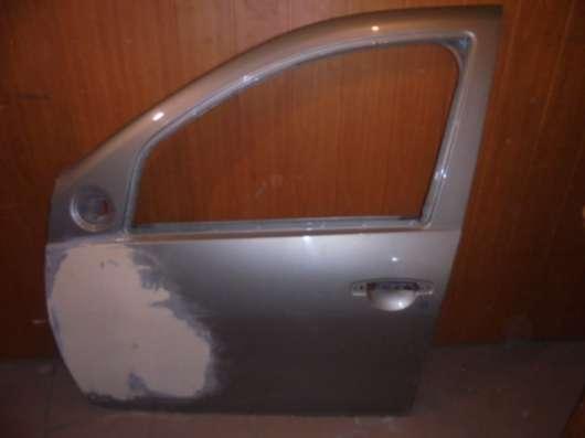 дверь передняя левая рено дастер