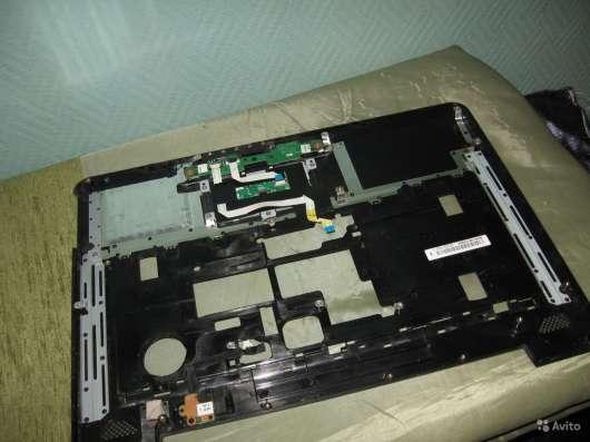 Панель с тачпадом от ноутбука Toshiba A300-27W в Москве Фото 2