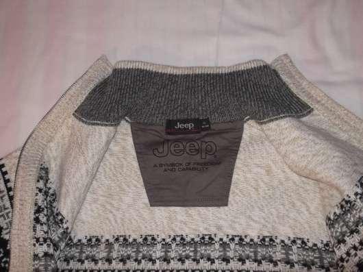 Продам мужской свитер на замке JEEP р-р 52, новый