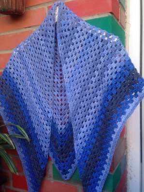 Шаль, платок, бактус из полушерсти