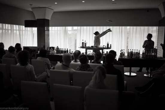 Бармен-шоу, выездной бар