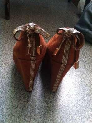 Туфли коричневые на горочке в Омске Фото 2
