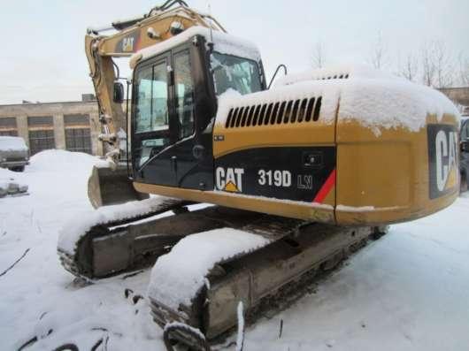 Гусеничный экскаватор CAT 319D