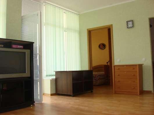 Продам 2-х комн. апартамент в Коктебеле в 150м от пляжа