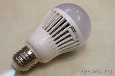 Светодиодная лампа ECO A60 7 Вт.