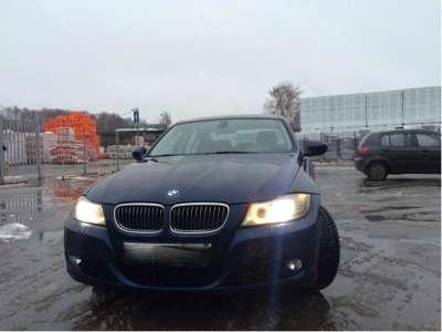 автомобиль BMW 325