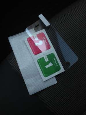 Защитное закаленное стекло iPhone 5, 5s