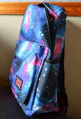 Рюкзак школьный абсолютно новый - космический