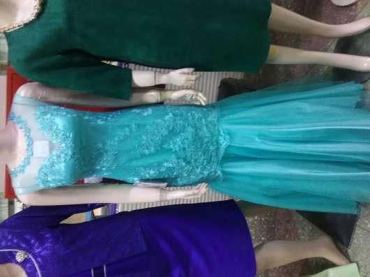 Школьная форма для выпускниц и нарядные выпускные платья в г. Нерюнгри Фото 1