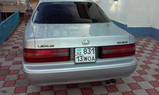 Lexus ES 300, 1996 года