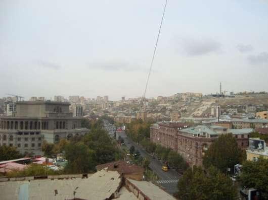 Yerevan, Centre, Sayat Nova Ave., near Opera, Օպերայի Մոտ