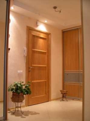 Установка межкомнатных дверей в Сочи