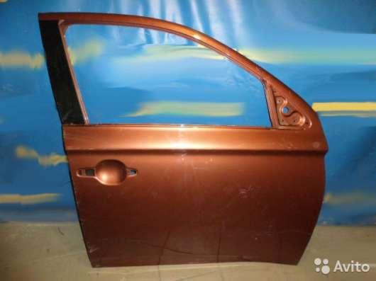 Дверь передняя правая Mitsubishi Outlander 3