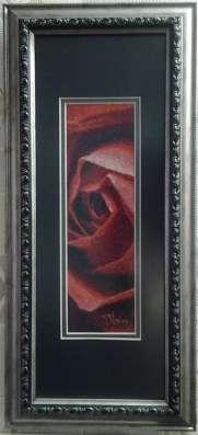 Картина «Красная роза»,ручная работа, вышивка