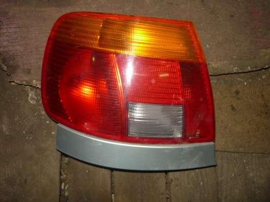 AUDI A4(B5) фонарь задний левый седан 8D0945095A