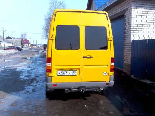 Грузоперевозки Mercedes-Benz Sprinter в Кирове Фото 3