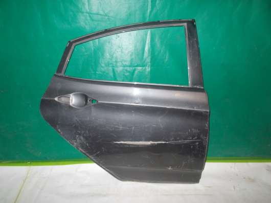 Задняя правая дверь на Hyundai Solaris х/б