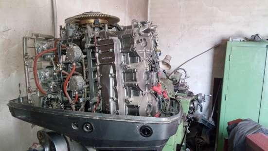 Продам лодочный мотор Suzuki-200 л/с, 1997г