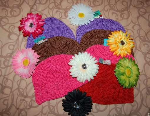 Шапочки с цветами