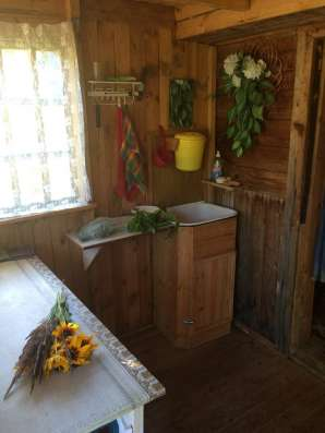 Продам дом с участком земли 10 соток в поселке Казимирово (П