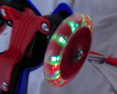 Самокат Spider-Man трехколесный , светящиеся колеса PVC в Москве Фото 3