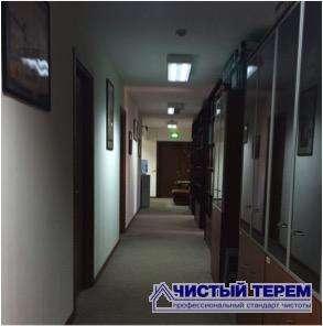 Регулярная уборка офисных, торговых, складских помещений на контрактной основе.