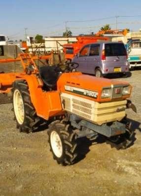 Японский трактор Kubota B1902